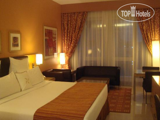 Фото отеля Four Points by Sheraton Downtown Dubai 4*