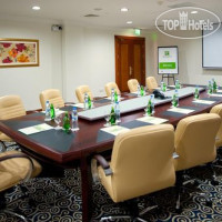 Фото отеля Holiday Inn Bur Dubai Embassy District 4*