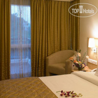 Фото отеля Royal Orchid Suites 4*