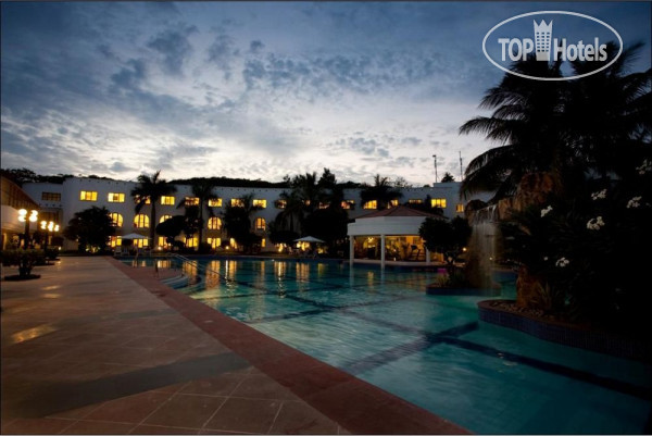 Lemon Tree Hotel 4*
