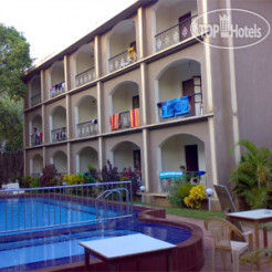 Riverside Regency 2*