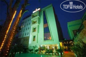 The Grand Hotel Bizzotel Gurgaon 3*