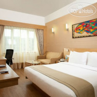 Фото отеля Lemon Tree Hotel Chandigarh 4*