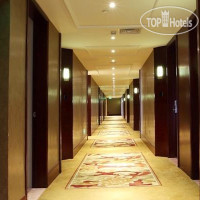 Фото отеля Royal International Hotel 4*