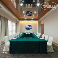 Фото отеля Holiday Inn Express Chongqing Jinxiucheng 3*