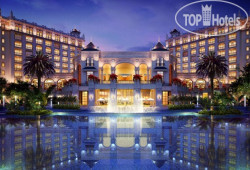 Crowne Plaza Resort Sanya Bay 5*