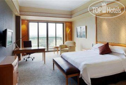 Crowne Plaza Lake Malaren 5*