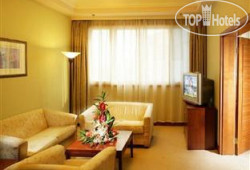Holiday Inn Express Shanghai Zhenping (ex.Eastern Airline) 3*