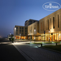 Фото отеля Howard Johnson Plaza Lingang Shanghai 4*