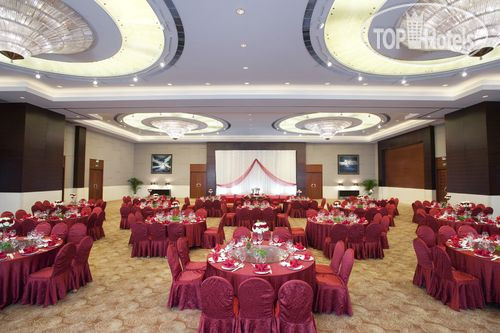 Holiday Inn Nanjing Aqua City 4*