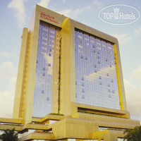 Фото отеля Rainbow Towers Hotel & Conference Centre 5*