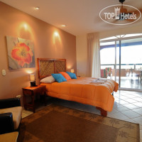 Фото отеля Cocomar Residences & Beachfront Hotel 4*