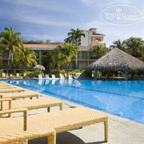 Фото отеля Flamingo Beach Resort 4*