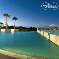 Фото отеля Crowne Plaza Pelican Waters Golf Resort&spa 4*