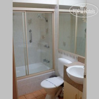 Фото отеля Quality Inn Carriage House 3*
