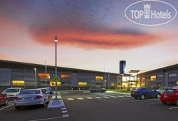 Quality Hotel Hobart Airport 4*