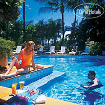 Фото отеля Holiday Inn Cairns 4*