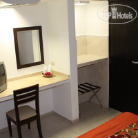 ���� ����� Colonial Cancun 3*