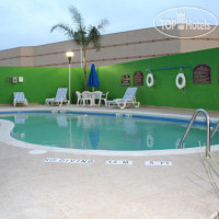 Фото отеля Holiday Inn Express Hotel & Suites Toluca Zona Aeropuerto 3*