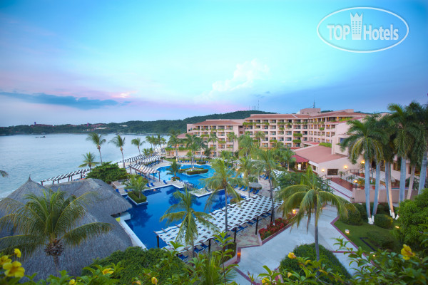 Barcelo Huatulco Beach 5*