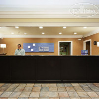 Фото отеля Holiday Inn Express Hotel & Suites Corning 3*