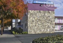 Travelodge Fresno Highway 41 2*