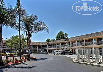 Quality Inn & Suites Woodland 2*