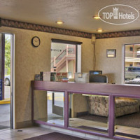 Фото отеля Travelodge Turlock 2*