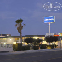 Фото отеля Travelodge Victorville 2*
