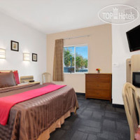 Фото отеля Travelodge Yuba City 2*