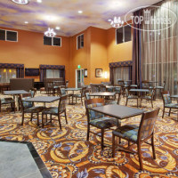 Фото отеля Holiday Inn Express Hotel & Suites Sacramento NE Cal Expo 2*