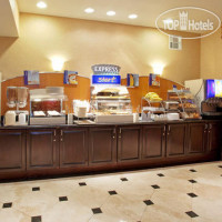 Фото отеля Holiday Inn Express Hotel & Suites Roseville - Galleria Area 2*