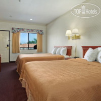 Фото отеля Lynwood Century Freeway Travelodge 1*