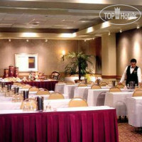 Фото отеля DoubleTree by Hilton San Francisco Airport 3*