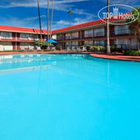 Фото отеля Holiday Inn Santa Barbara Goleta 3*