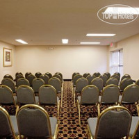 Фото отеля Holiday Inn & Suites Santa Maria 3*