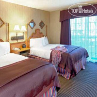 Фото отеля Embassy Suites Napa Valley 3*
