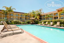 Фото отеля Cortona Inn & Suites Anaheim Resort 3*