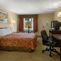 Фото отеля Days Inn San Bernardino Redlands 2*
