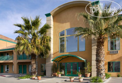 Days Inn San Jose Airport 2*