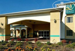 Quality Inn & Suites Zephyrhills 3*