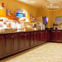 Фото отеля Holiday Inn Express Hotel & Suites Chaffee-Jacksonville West 2*