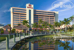 Hilton Palm Beach Airport 3*