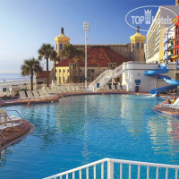 Фото отеля Wyndham Ocean Walk Resort 3*