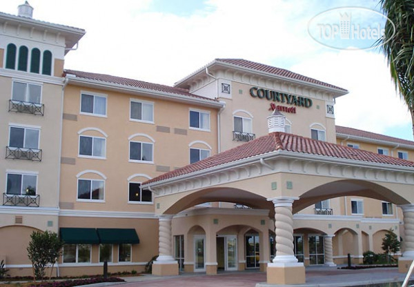 Courtyard Fort Myers at I-75 and Gulf Coast Town Center 3*