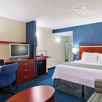 Фото отеля Courtyard Fort Myers at I-75 and Gulf Coast Town Center 3*