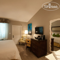 Фото отеля Almond Tree Inn 3*