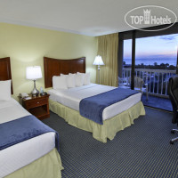 Фото отеля Best Western Ocean Beach Hotel & Suites 3*