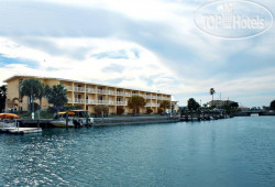 Treasure Bay Hotel and Marina 3*