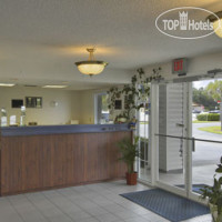 Фото отеля Travelodge Suites MacClenny 2*